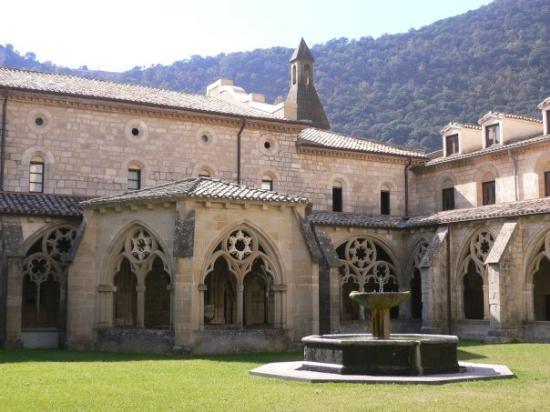 Abárzuza, España: Claustro monasterio de Iranzu