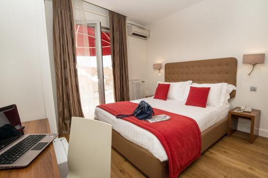 Hotel De France Cannes : chambre double supérieure