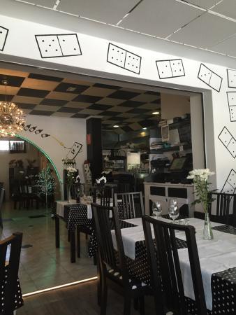 Domino Cafeteria Resturante