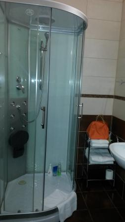 Hotel Wilhelm : Łazienka w pokoju nr 25