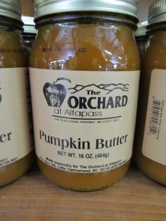 The Orchard at Altapass: Yummy!
