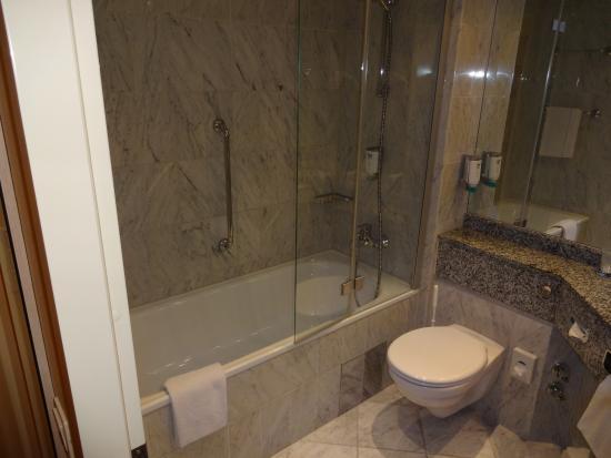 NH Magdeburg: ванна