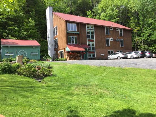 Weathertop Mountain Inn: photo0.jpg