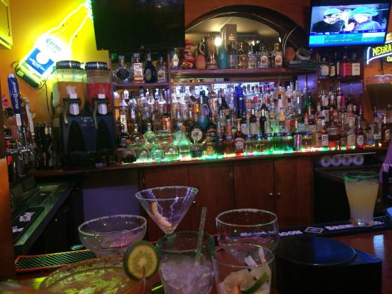 Tapatios: full bar