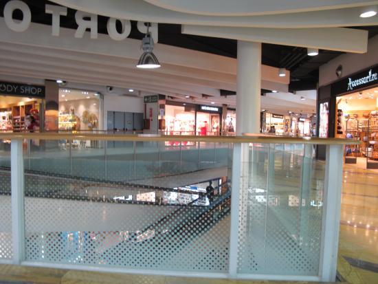 Centro Comercial Porto Pi: ТЦ вид изнутри