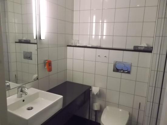 อาวาลดส์เนส, นอร์เวย์: Baño