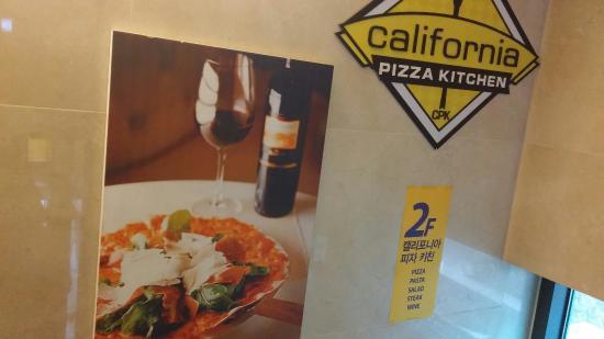 California Pizza Kitchen Gangnam Seoul Restaurant Reviews Phone Number Photos Tripadvisor