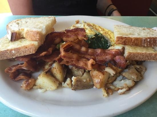 Castleton, VT: Popeye omelette