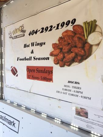 Scottdale, GA: Wings In a Basket