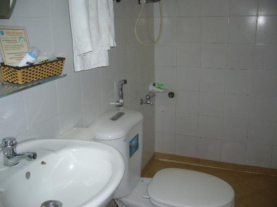 Tay Ho Hotel: bathroom