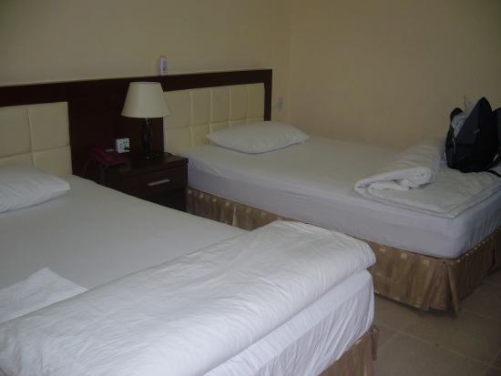 Tay Ho Hotel : room