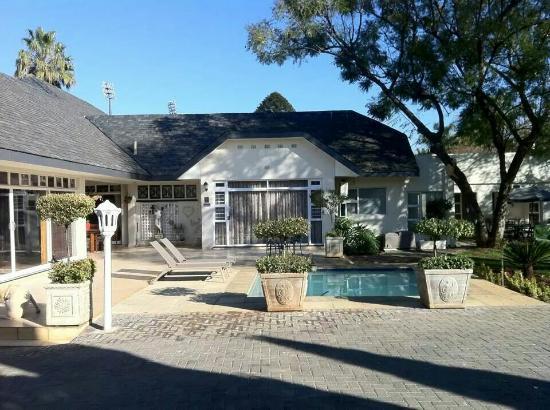 Elizabeth's Manor Guesthouse : More photos