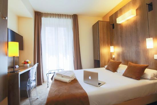 Hôtel Le Seize : Chambre Standard - Lit double (pas de possibilité de 2 lits séparés en Standard)