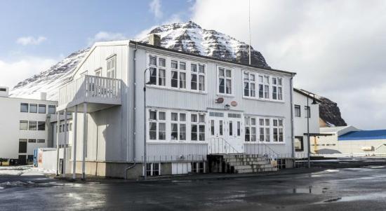 Einarshusid