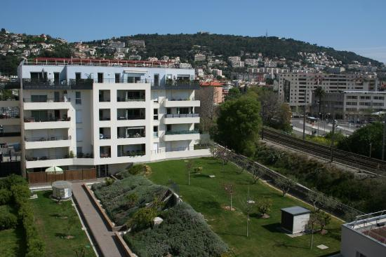 Kitchenette appart 39 city nice acropolis nice france for Adagio appart city