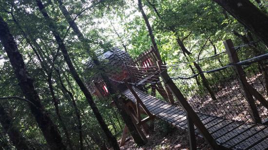 Domaine De Bellevue Cottage: chambre lov nid
