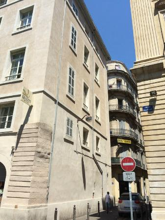 Side Street Side Of The Hotel Picture Of Best Western Hotel - Quality hotel marseille vieux port