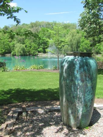 Sculpture - Picture of Rotary Botanical Gardens, Janesville ...