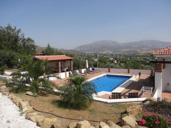 Alora Valley View Accommodations: The nice pool with a great view