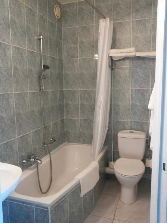 Hotel Prado: Bathroom