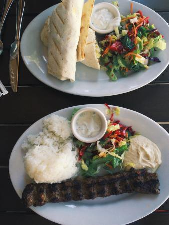 Menlo Park, Kalifornien: Combo wrap and Galata kebab. Definitely great choice for meat lovers!