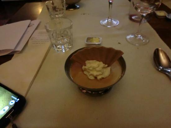 Swiss Budget Alpenhotel Täsch: Sobremesa flan
