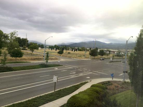 TownePlace Suites Medford: Queen Studio view from room