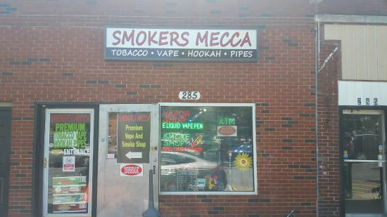 ‪Smokers Mecca‬