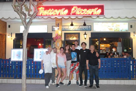 Azzurro Hotel : Con el Staff del mejor Hotel!