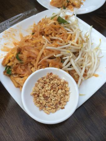 SriPraPhai Thai Restaurant: photo2.jpg
