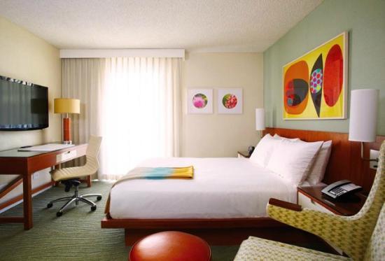 Shoreline Hotel Waikiki: Habitación
