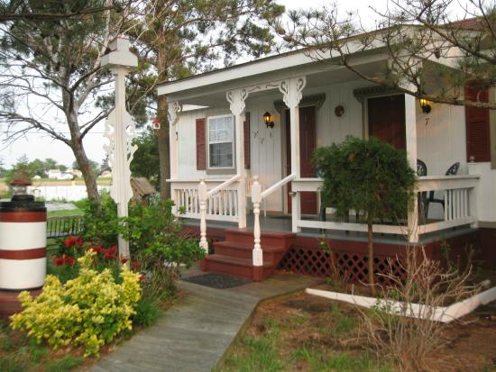 Bay View Inn: Cozy and Quaint Cottage