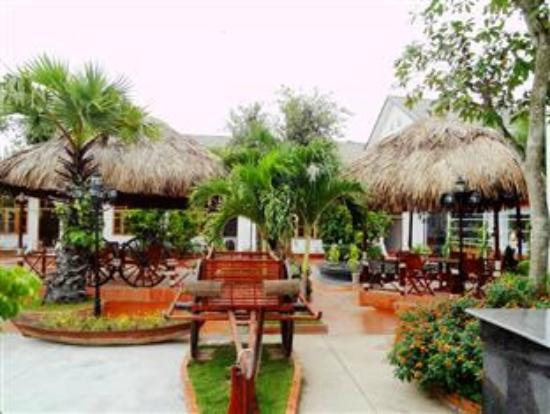 Satisfy Hotel : Garden