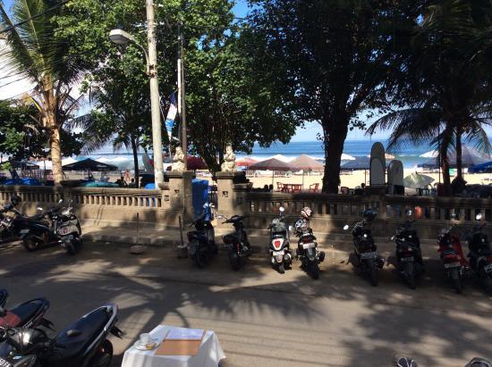 Zanzibar: View to Double Six Beach