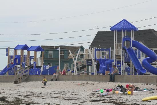 Mother's Beach: The playground