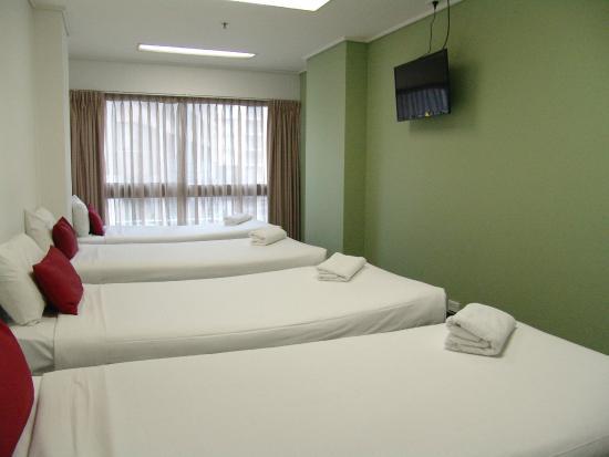 Song Hotel Sydney : Economy Quad with Shared  Bathroom