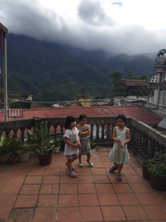 Elysian Sapa Hotel: The balcony