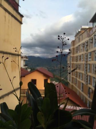 Elysian Sapa Hotel: View from the corridor