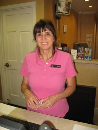Residence Inn Scottsdale Paradise Valley: Great advice and service from this pro, Anna Marie!