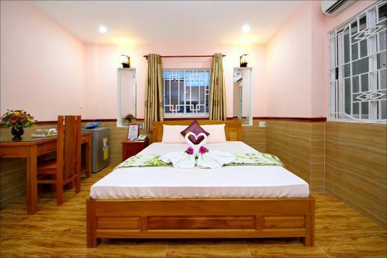 Hoa My Hotel: Honey moon room