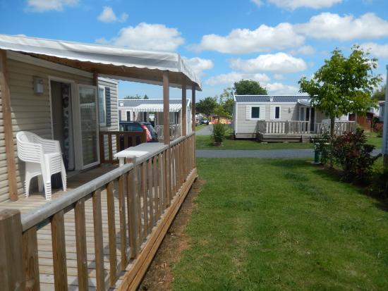 Camping La Roseraie d'Omaha : Mobil home