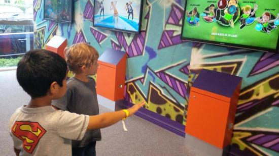 Kids-N-Action: Xbox Kinnect screens
