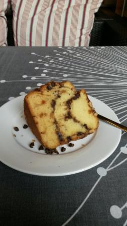 HH Gourmet : Sour cream coffee cake
