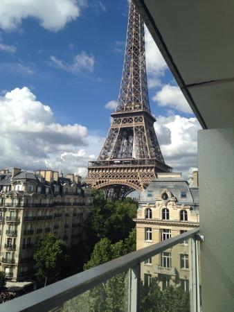 View Of The Eiffel Tower From Room 305 Foto Van Pullman