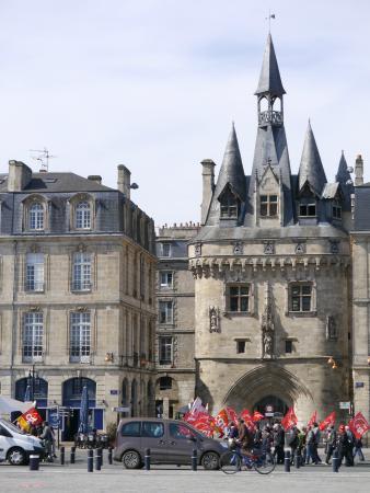 Photo de porte cailhau bordeaux tripadvisor for Porte cailhau