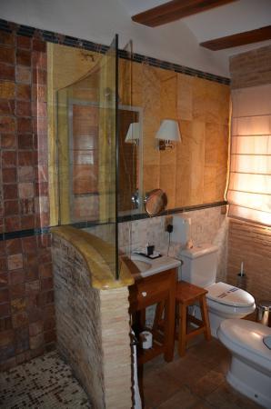 Hotel Casa Babel: Bathroom