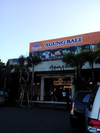 Rumah Kaos Agung Bali