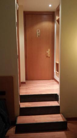 Hotel Selide: The step!