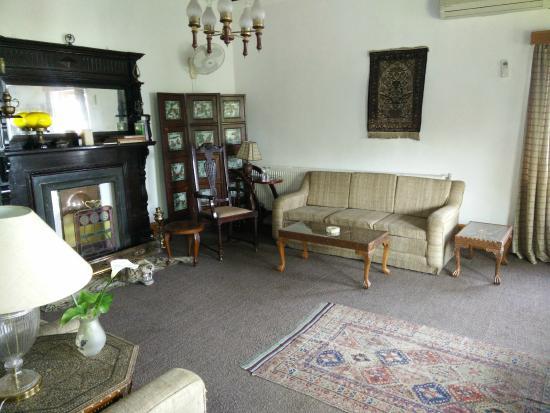 Hotel Dar-Es-Salam: common sitting area - lounge