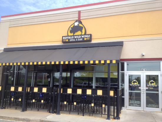 italian cuisine and buffalo wild wings America's 25 best buffalo wings (slideshow)  and arguably the greatest bar food of all time was born  (we left out the big chains like buffalo wild wings to .